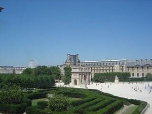 Paris Tuileries garden seen from Louvre DSC00894 300x225 Best Artistic Recreation Places in Paris