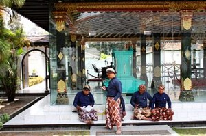 Java Kraton Palace Gardener people 6266212652 300x199 Indonesia Ultimate Places for Exciting Girl Gang Holiday Weekend