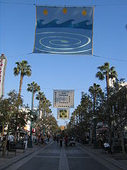 Santa Monica Promenade Native Atmosphere Holiday in Main Street of Santa Monica