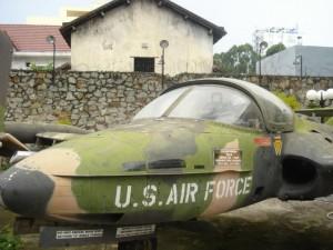 Vietnam War museum by Daniel Hills 08 300x225 History Travel to Vietnam War Museum