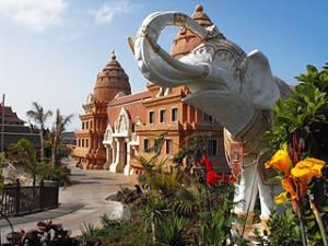 Elefante Blanco Siam Park 300x225 Adventure Travel Down Various rides Thailand