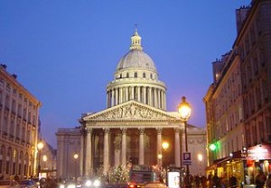 Paris Pantheon at night DSC09526 300x209 European Best One Day Travel