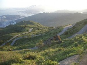 R38943437917 Upper section of Tai Mo Shan Road meandering up the mountain 300x225 Amazing Panorama View of Maclehose Trail in Hong Kong