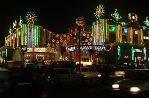 Diwali street decorations in Jaipur 300x199 The Most Colorful Cities That You Must Be Love it on This Planet