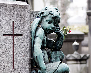 Pere lachaise detail European Horror Tour Episodes, The Pere Lachaise Cemetery