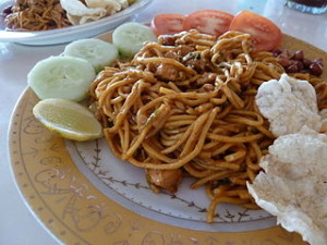 Mie Aceh 300x225 Enjoy The Legendary Food from Mecca Porch