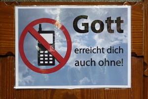 BengenGrafschaft St.Lambertus660 300x200 No Gadget in Holidays, Are Nomophobia will Stress?