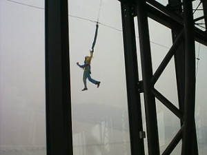 Bungee jumping outside Macau Tower 300x225 The 2 Days Bungee Jumping Man Videos