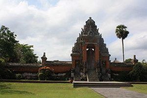 Main entrance Taman Ayun 300x199 Bali Temple, Pura Bukit Sari in Sangeh