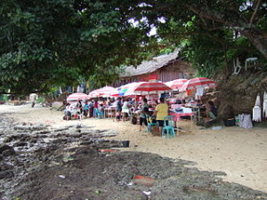 Souvenir market Liang Beach Bunaken 300x225 Exotic Island and White Sands of Saronde
