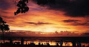 Sunset in Kuta 300x160 Playing Experience at Bali Sling Shot