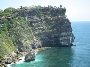 Uluwatu Temple 300x225 Travel Idea to Pura Luhur Uluwatu in Bali