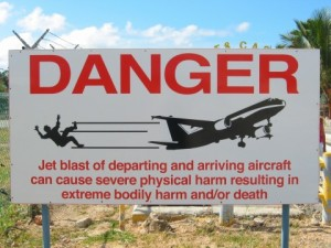 SXMDanger 300x225 Touch Flying Airplane in Caribbean