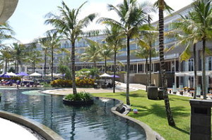 Hotel Bali 300x199 Cheap Accommodation and Hotel Reservation Guide in Bali
