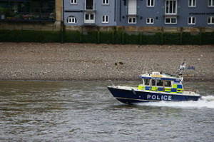 Police boat on River Thames 300x199 Boat Travel in Thames River