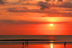 Sunset on Kuta Beach Bali 300x199 Holiday Schedule Plan in Bali
