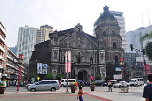 Binondo Church at Saturday 300x199 Traditional Market Shopping in Manila