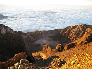 mount rinjani 300x225 Dream Travel Destinations in Indonesia