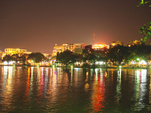 Hanoi Hoan Kiem Lake 300x225 Walking Around Hoan Kiem Lake Legend