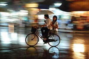 Hanoi rain 300x200 Holiday Vacation in Vietnam Capital