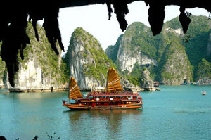 halong bay cruise tripadvisor 300x199 Best Price Halong Bay Cruise Tour Itinerary