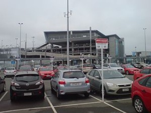 cheap car rentals in new zealand for tourist and travel 300x225 Cheap Budget Rent a Car in New Zealand Compare Tips
