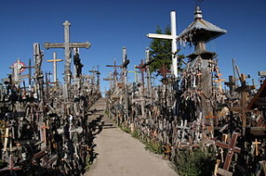 Hill_of_Crosses,_Lithuania_(7182815829)