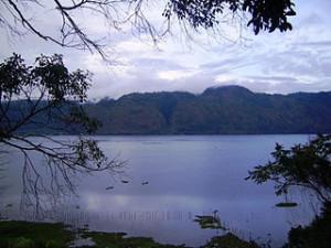 Laut_Tawar_Lake