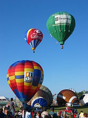 Balloons_at_the_Gatineau_Hot_Air_Balloon_Festival